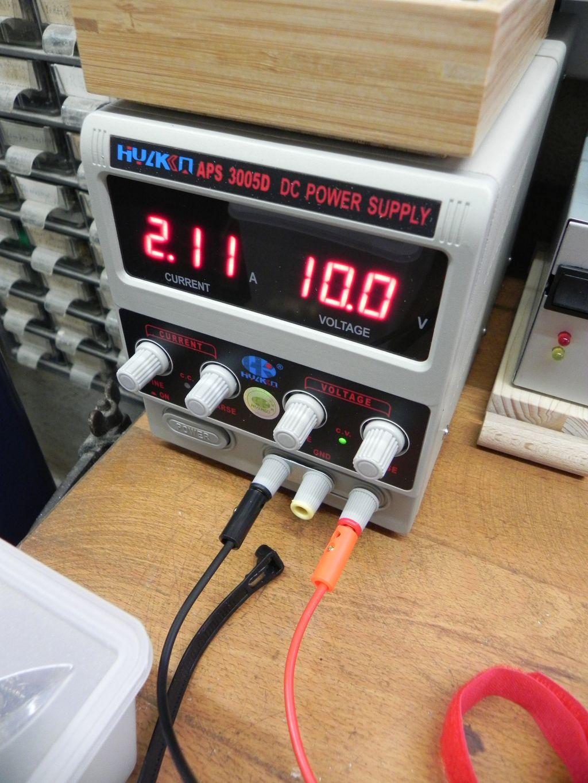 APS 3005D Labornetzgerät